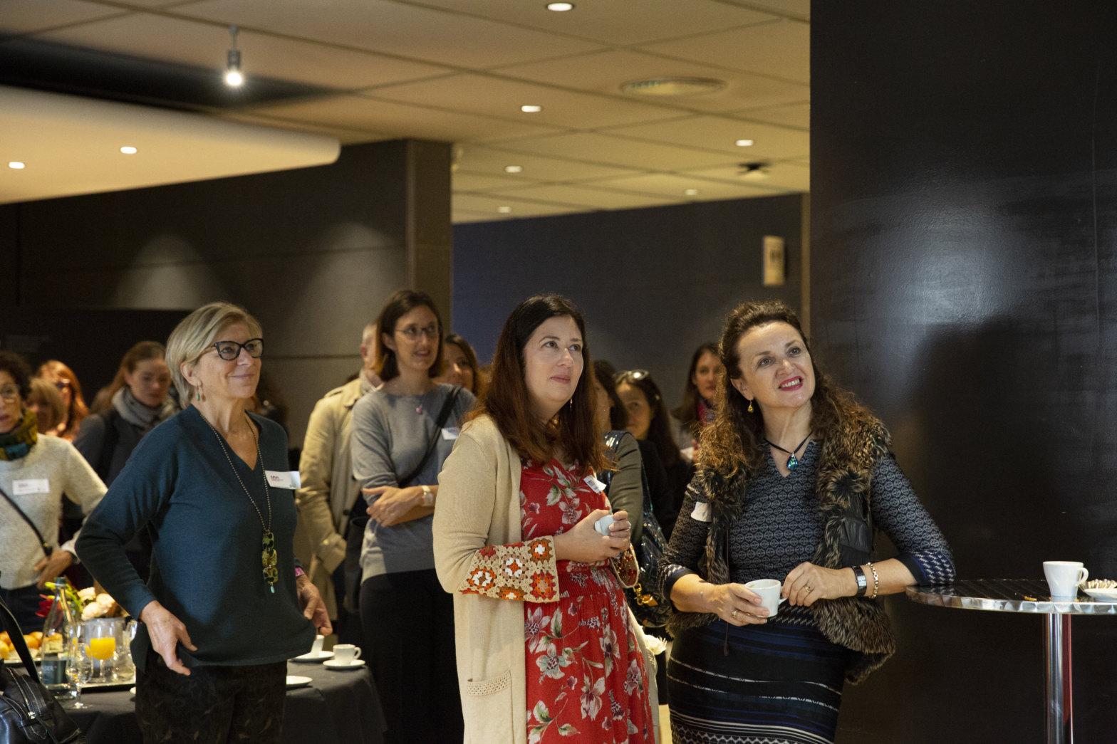 Accueil des 100 femmes du projet lors du vernissage du 8 novembre à la FER – Genève